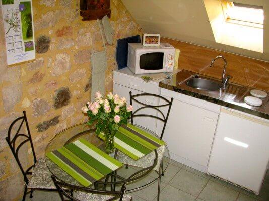 Hortense-Chambre avec Kitchenette et un coin repas